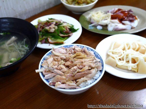 ▲宜兰罗东古早味三星葱油鸡饭。(图/三高Sir提供)